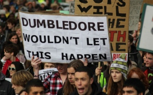 Great-student-demonstration-slogans-ladynottingham-17775214-500-334